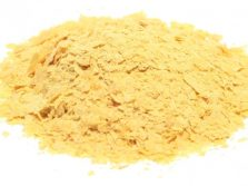 Picture of nutritional yeast flakes